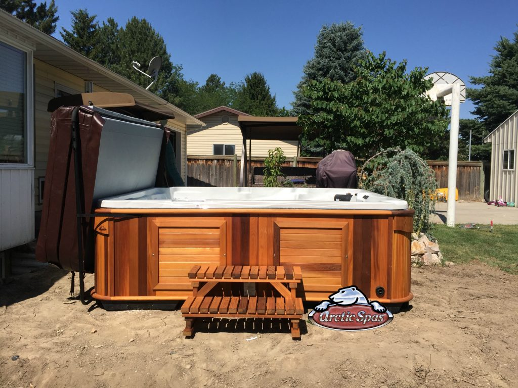 Ables family new Arctic Spas Summit XL