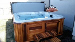 Bartel's new Arctic Spas Hot Tub Alaskan in Platinum with a Red Cedar Cabinet