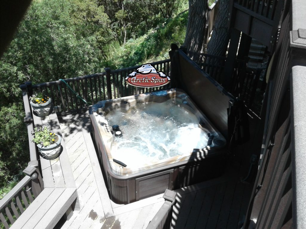Top view of a Cionni's family new Arctic Spa Yukon