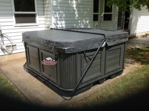 Isacson's new hot tub Yukon in Midnight Opal with Charcoal Cabinet