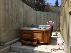 Wheeler's Arctic Spa Frontier in Kalahari with a Red Cedar Cabinet