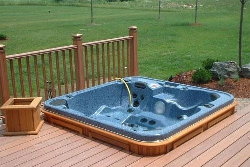 arctic-spas-hot-tub-in-deck-corner